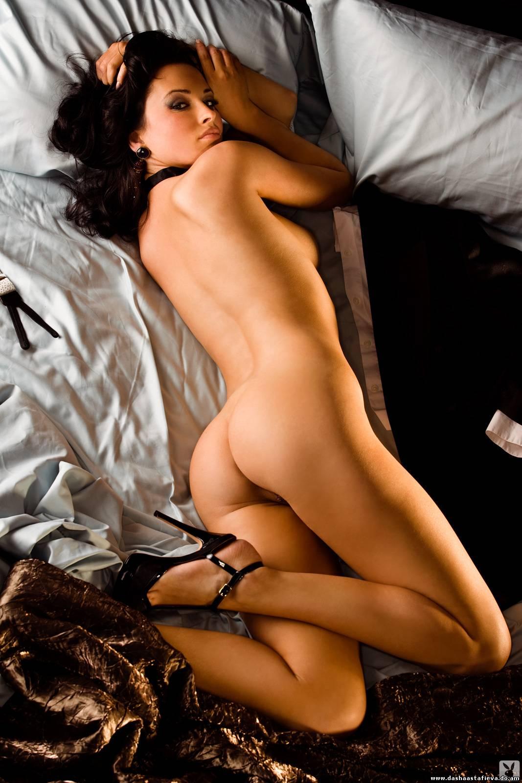 eroticheskie-fotosessii-znamenitostey
